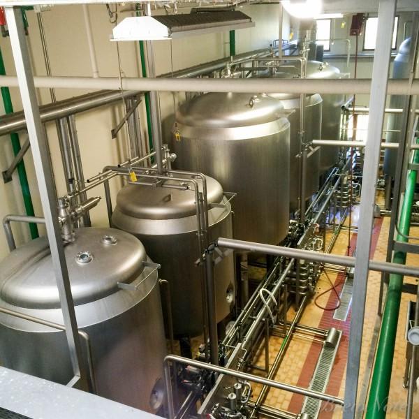酵母培養室。